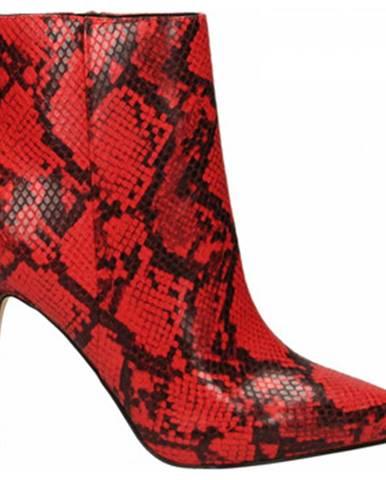 Červené topánky Guess