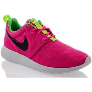 Nízke tenisky Nike  Rosherun