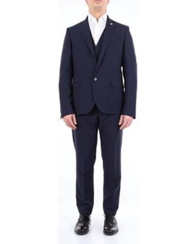 Modrý oblek Manuel Ritz