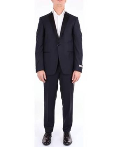 Modrý oblek Canali