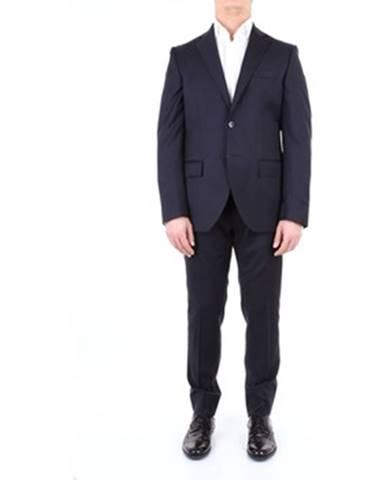 Modrý oblek Lubiam