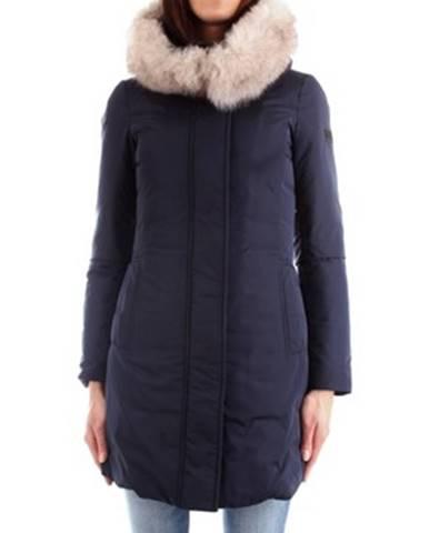 Modrý kabát Dekker