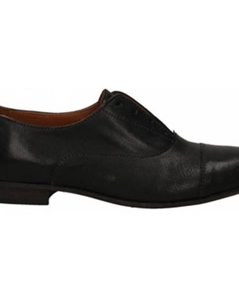 Čierne topánky Mat:20