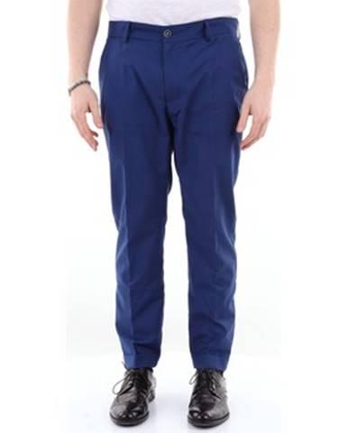Modrý oblek Twentysixseven